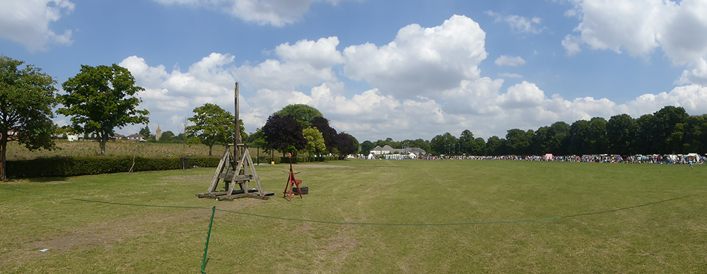 Panoramic Battle Field Trebuchet